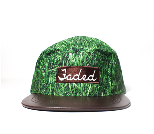 Grass-5-panel_front_web