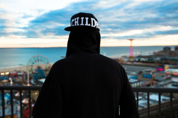 ssur-x-watchxwitness-coney-island-collection-lookbook-06-570x379