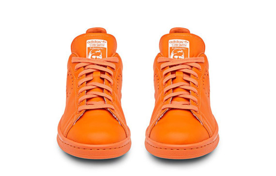 Raf-Simons-x-adidas-Originals-Stan-Smith-02-570x363